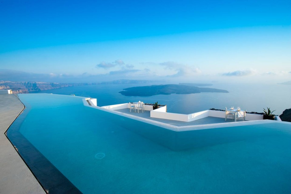 luxurious places to stay in Greece -- Grace Santorini Hotel